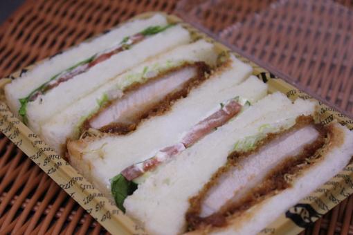 カツ野菜サンド