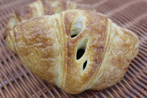 http://patisserie-yuzuka.com/cc4/images/bread/wafukurowassan.jpg